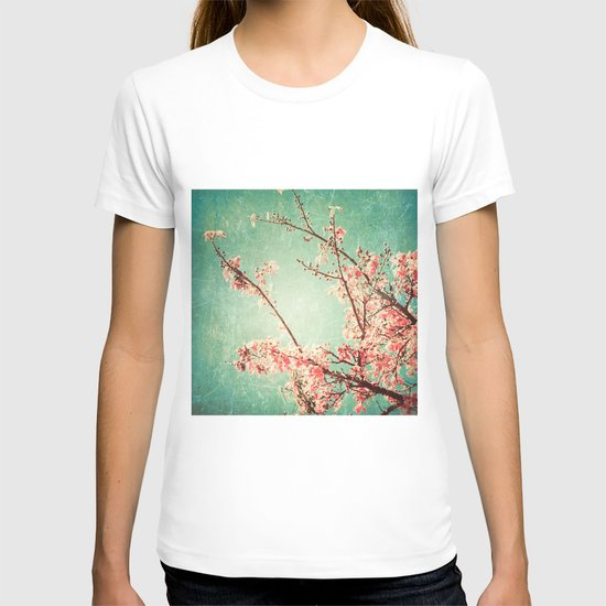 Pink Autumn Leafs on Blue Textured Sky (Vintage Nature Photography) T-shirt