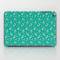 blossom ditsy in emerald iPad Case