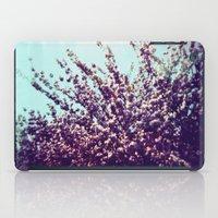 Holga Flowers II iPad Case