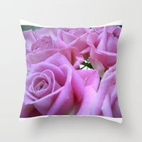 Popillo Roses 01 Throw Pillow