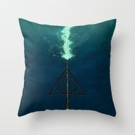 Harry Potter Deathly Hol… Throw Pillow