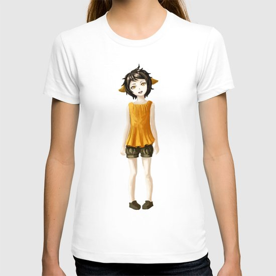 Girl in shorts T-shirt