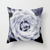 FLOWERS IV Throw Pillow