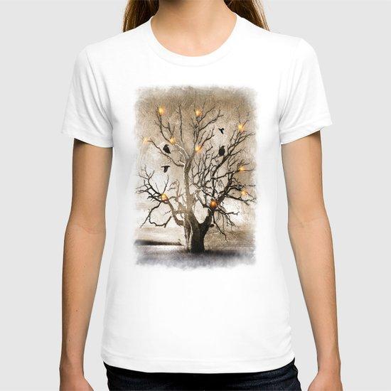 Raven christmas I - HOLIDAZE T-shirt