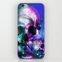 Skullking around iPhone & iPod Skin