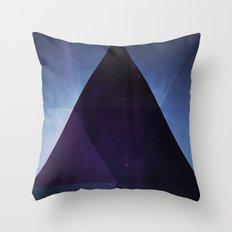 Blyyk Jwwl Throw Pillow