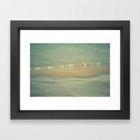 Días Fríos Framed Art Print