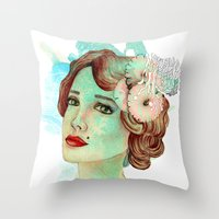retro woman 2 Throw Pillow