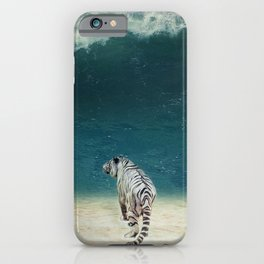 iPhone & iPod Case - Defiance - Seamless