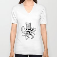 Squid is lost in hat Unisex V-Neck