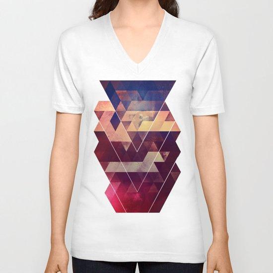 byyk hymm V-neck T-shirt