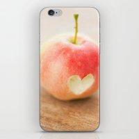 Apple love iPhone & iPod Skin