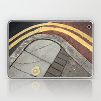 Kerb curves Laptop & iPad Skin