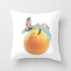 /disc/overy. Throw Pillow