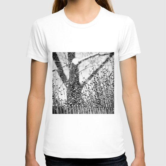 the silence of snow T-shirt