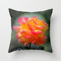 Rose 2138 Throw Pillow