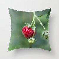Red Ripe Strawberry Throw Pillow