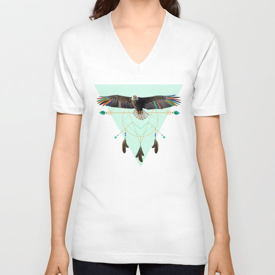 The indian eagle is watching over Po's dreamcatcher V-neck T-shirt