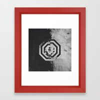Pattern Drop II Framed Art Print