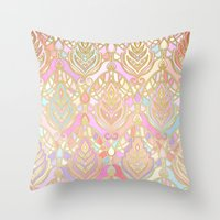 Rosy Opalescent Art Deco Pattern Throw Pillow