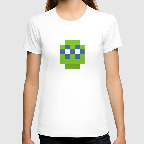 hero pixel green blue T-shirt