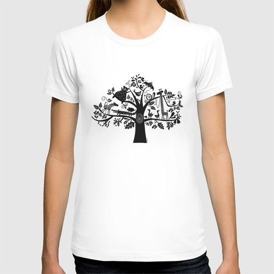 :) animals on tree T-shirt