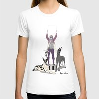 T-shirt featuring Silencio by Mexican Zebra