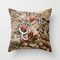 Fleur du désert Throw Pillow