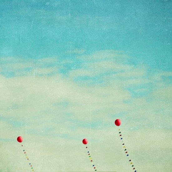 three red balloons II Art Print