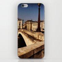 Bridges Of Paris - Ile S… iPhone & iPod Skin