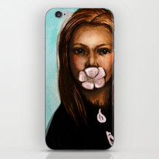 She only says nice things iPhone & iPod Skin