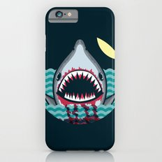 Dark night at the sea - wild shark appear iPhone 6 Slim Case