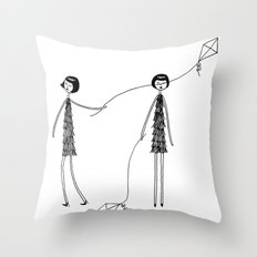 Unlike Eloise, Ramona knew how to fly a kite Throw Pillow