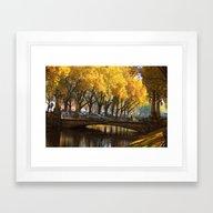 Duesseldorf Koe, Koegrab… Framed Art Print