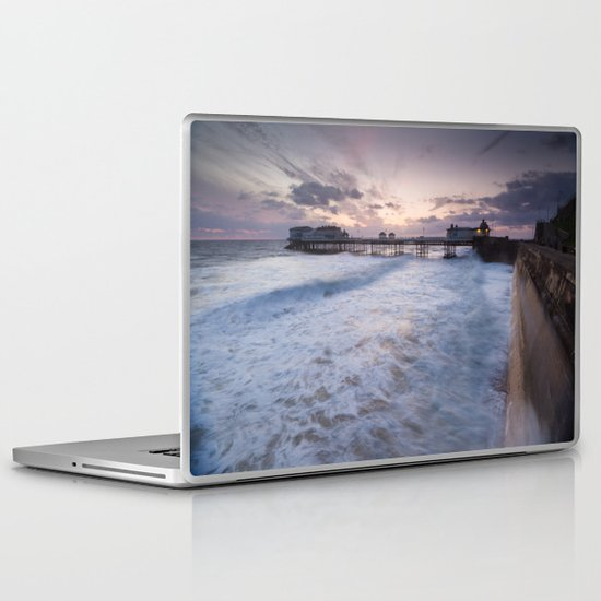 High Tide Cromer Seafront Laptop & iPad Skin