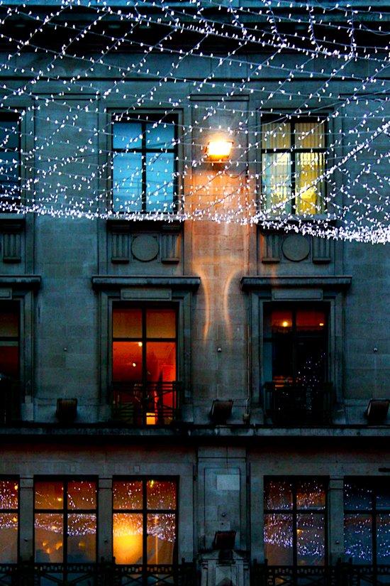 London: Street Lights During Holidays Art Print