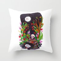 Noche de Ronda Throw Pillow