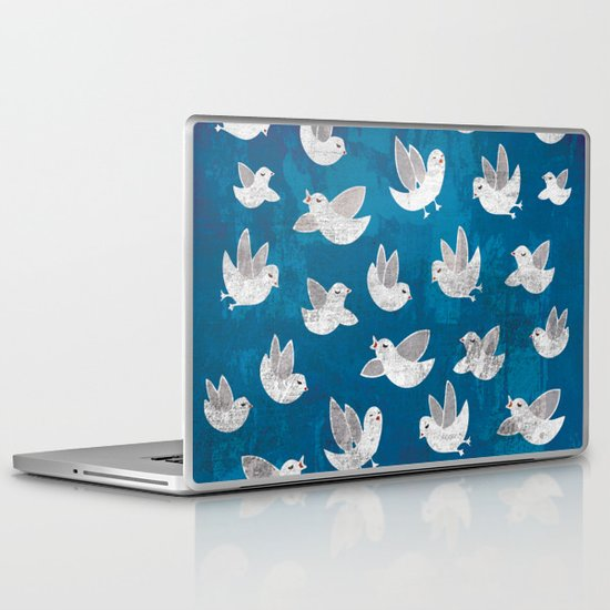 Catch sight of wonders! Laptop & iPad Skin