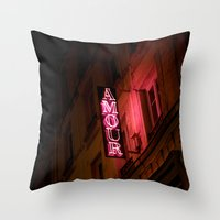 Oh l'amour Throw Pillow