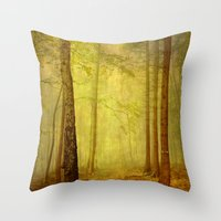 fairytale path Throw Pillow