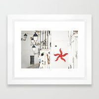 white&red mediterráneo Framed Art Print