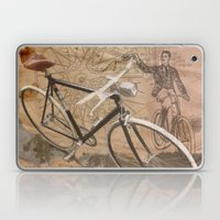 vintage bicycle hipster Laptop & iPad Skin