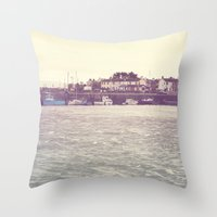 Claddagh2 Throw Pillow