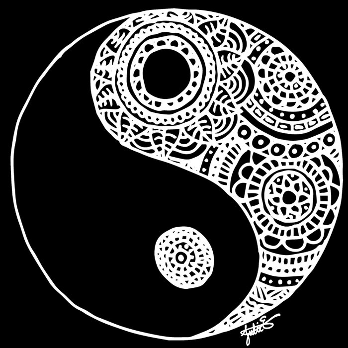 black and white lace zentangle yin yang