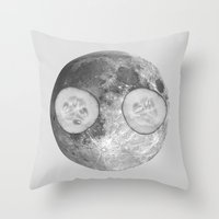 Feel at home 2 Throw Pillow