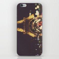 La Ville-Lumière iPhone & iPod Skin