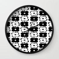Retro Floral (sm) Wall Clock