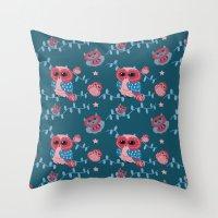 Owls pattern Throw Pillow