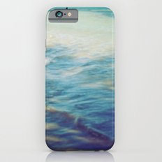 Fisherman in the distance, Mauritius II Slim Case iPhone 6s