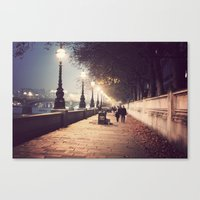London Stroll  Canvas Print